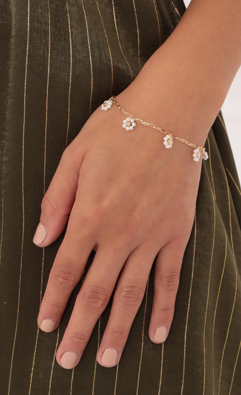 Field of Pearls Bracelet in Gold