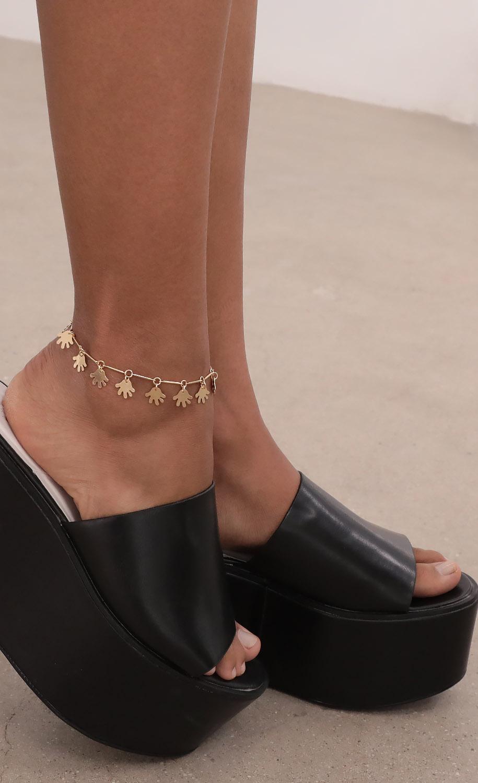 Clap Back Anklet