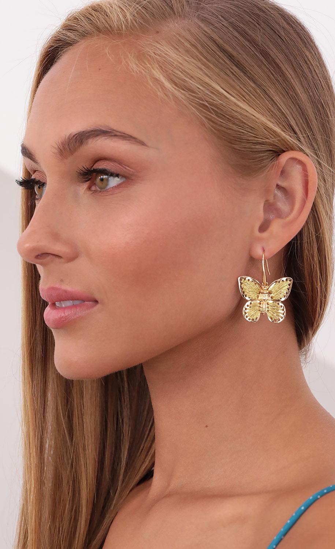 Threaded Beauty Butterfly Earrings in Gold