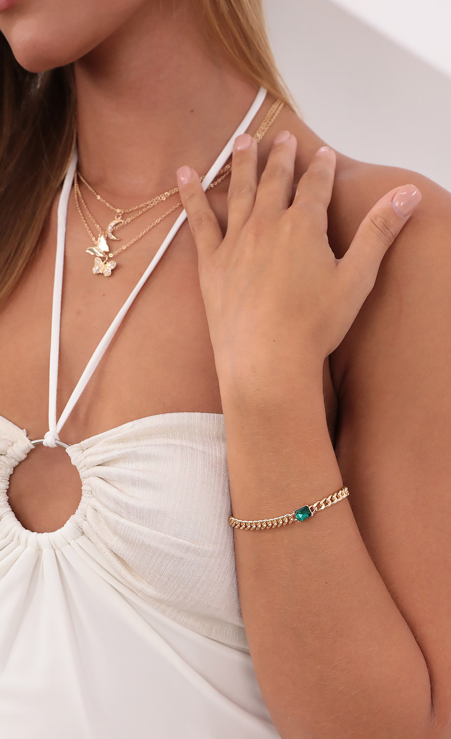 Touch of Emerald Bracelet in Gold