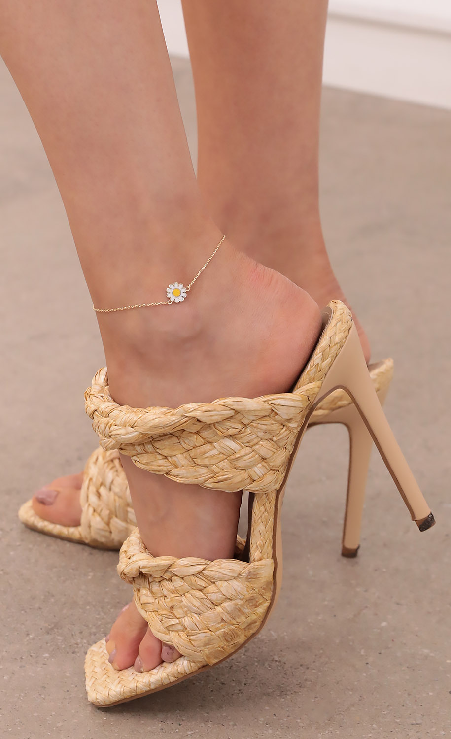 Dealing with Daisy Anklet in Gold